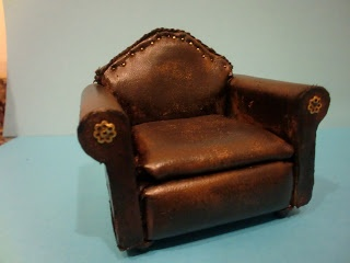 Tutorial For How To Make Miniature Leather Chair Method Of Material Wred Around Solid Blocks Wood Nice Finishing Touch