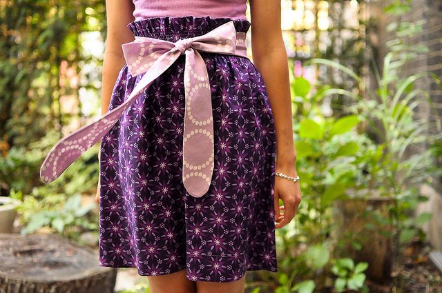 DIY: bow skirtBows Skirts Just, Skirts Tutorials, Enchanted Bows, Enchanted Skirts, Skirts Pattern, Diy Clothing, 1001 Peep, Sewing Knits Projects, Skirt Tutorial
