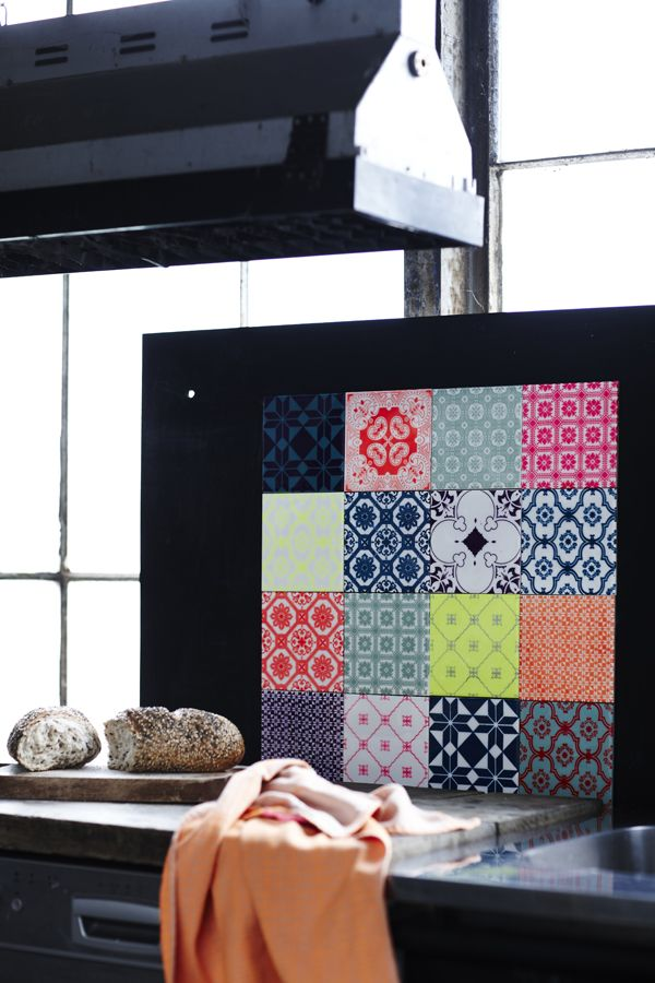Arttiles - I would love this graphical solution behind my cooktop