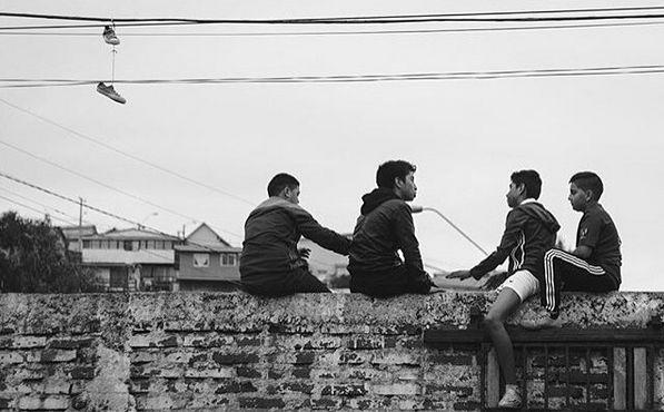 Foto de niñez, recuerdos de barrio... Hoy nuestro sacador de fotos es Hector. Sigue su instagram @hectoro18 y su web flickr.com/hectorsg  Recuerda que puedes ser parte de esta galería a través del HT #comunidadfotografía