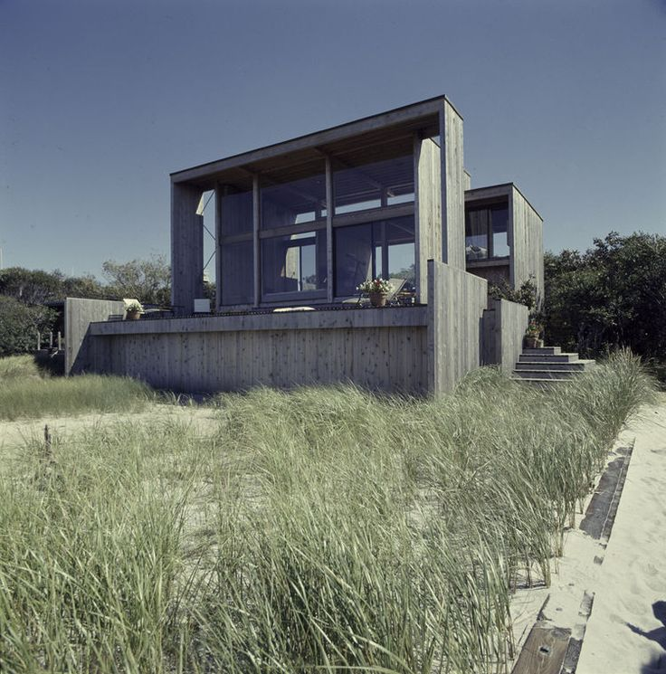 Modern Beach House On Fire Island By Horace Gifford Pays Homage To Paul  Rudolph