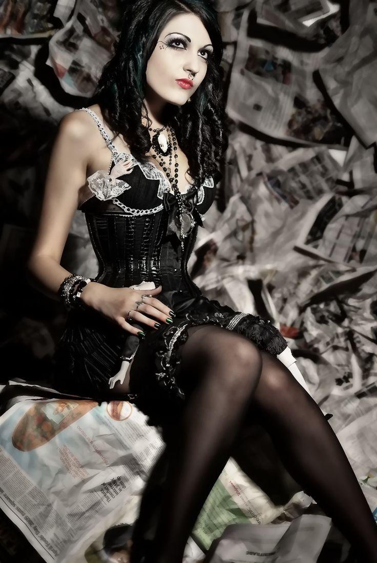 Model: Sister Bonez  Photographer: Ian Luczon: Cyberpunk Steampunk, Gothic Beautiful, Steampunk Gothic, Dark Gothic, Fashionsteampunk Style, Steampunk Girl, Gothic Dark Cyberpunk, Gothic Steampunk, Fashion Steampunk Style