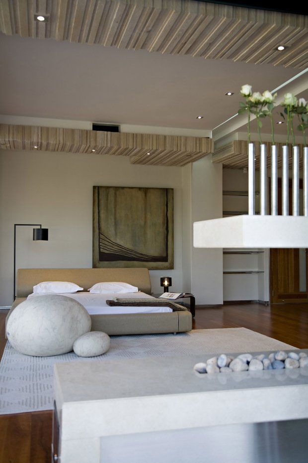 Glass House - Nico van der Meulen Architects. Gorgeous composition of materials, and love the bed.