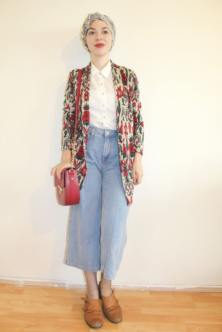 Vintagonista: Four seasons of denim culottes.. (Remix) vintage outfit, turban, hijab, denim, culottes, satchel, green, suede boots, retro, 90's, autumn fashion style