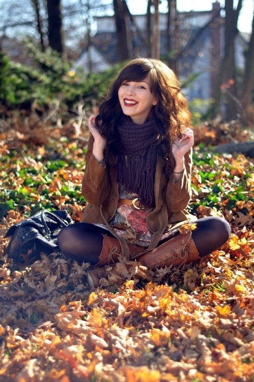 Love the tights with the brown boots
