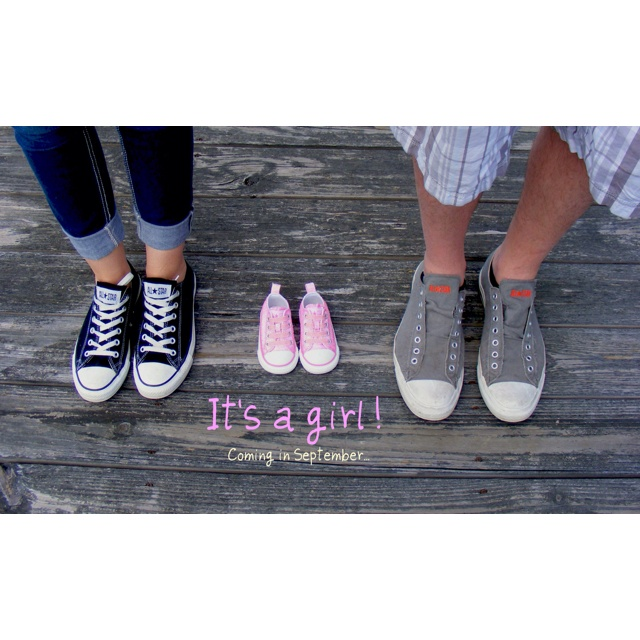 We are having a girl!!  What a cute way to announcement!: Maternity Shoot, Girl, Picture Idea, Baby Announcements, September 24Th, Photography Ideas, Maternity Photo