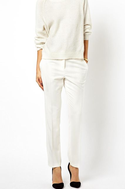 15 Pairs Of Super-Flattering White Pants — Really! #refinery29  http://www.refinery29.com/white-pants#slide1