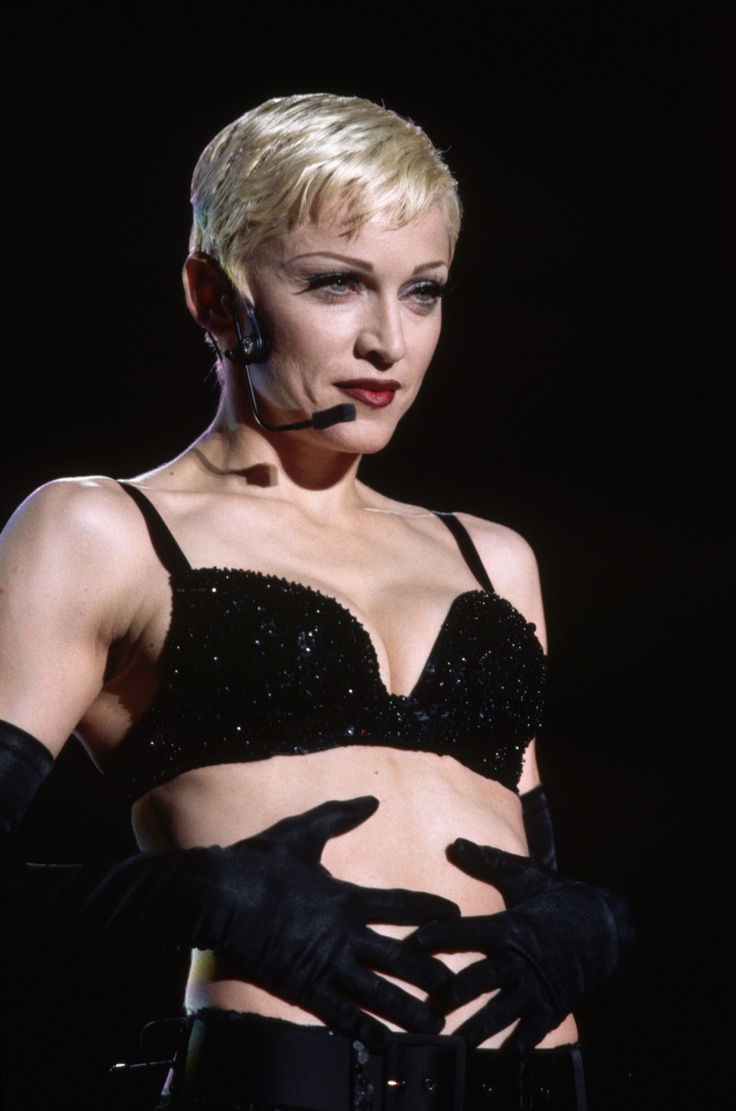 Madonna fashion show san luis obispo - Madonna Sings Fever At The Girlie Show In 1993