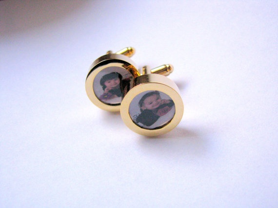 Love these cufflinks! Isn't father's day coming up?