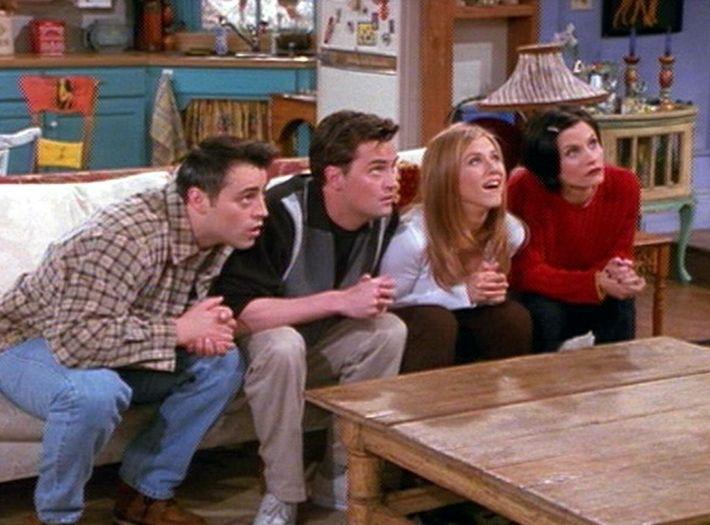 """Selv om det er over 20 år siden, at """"Venner"""" startede, er vi slet ikke trætte af den endnu! Få 15 vilde facts om tv-serien her."""