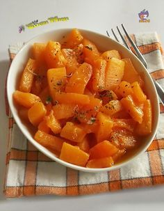 ZUCCA IN AGRODOLCE- RICETTA VEGETARIANA http://blog.giallozafferano.it/lacucinadimarge/zucca-in-agrodolce/