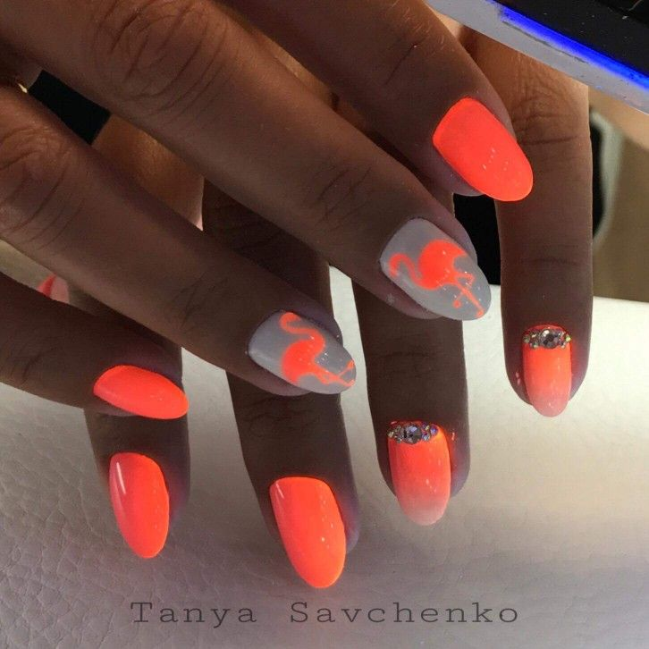 Flamingo nagels