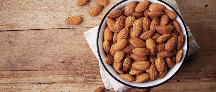 Amandes et dattes : les deux aliments qui peuvent vous aider à dormir plus vite