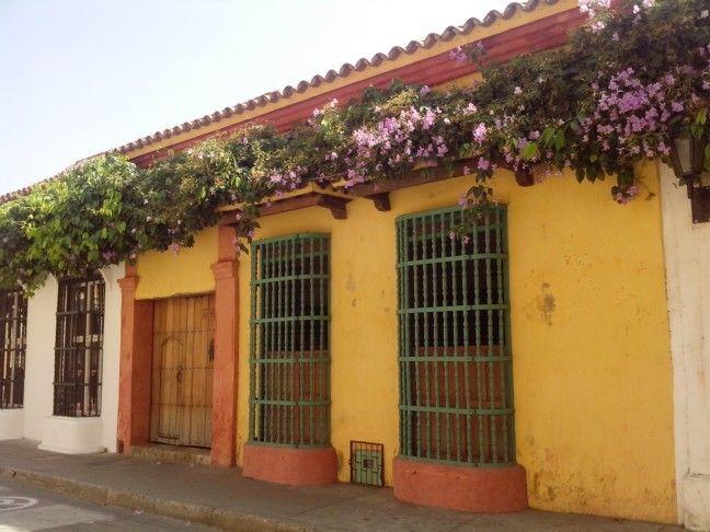 Calle del Sargento Mayor en #CartagenadeIndias