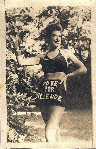 https://flic.kr/p/51ZyZH   1945   Malú Gatica   Gatica, Malú. Actriz y cantante. Marzo, 1945.¿candidato en esa fecha? de los archivos del Ministerio de Relaciones Exteriores chileno.  Campaña senatorial por Valdivia, Llanquihue, Chiloé, Aysén y Magallanes  La actriz Malú Gatica colabora en la primera campaña senatorial de Salvador Allende (noveno distrito).
