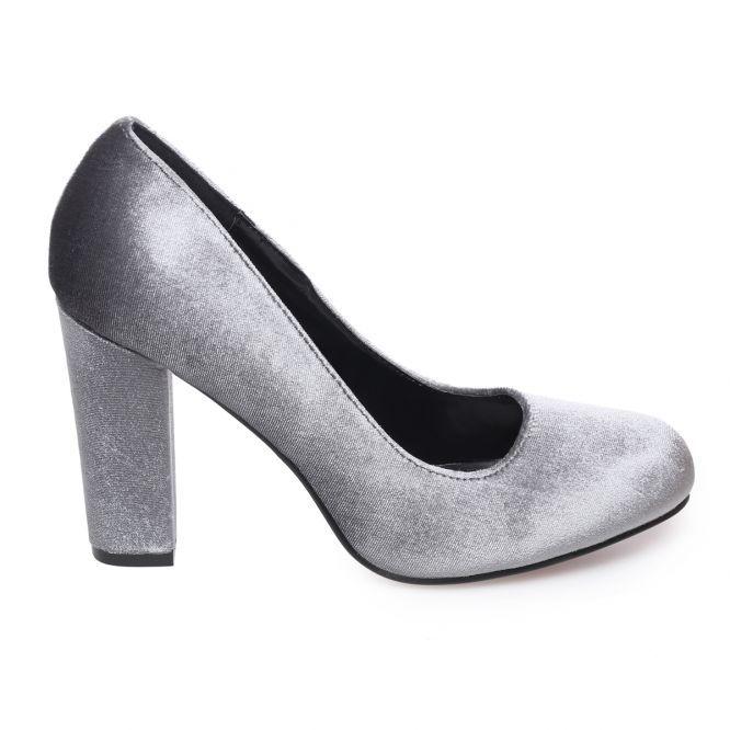 Escarpins gris en velours à talon carré Lamodeuse.com