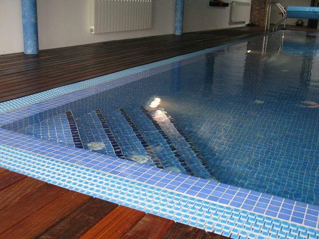 8 best remates de piscinas privadas images on pinterest for Escalera piscina