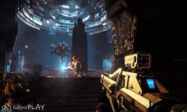 Kitaplar, filmler ve hatta çizgi romanlar ile birlikte tarihin en korkutucu ve etkileyici kurgu serileri arasında yer alan Alien, Creative Assembly ve SEGA işbirliğinde hazırlanan yeni oyunu Isolation ile de gelecek günlerde kullanıma açılmaya hazırlanmakta  Herhangi bir gecikme olmadığı takdirde 7 Ekim itibar ile eski ve yeni nesil konsolların yanı sıra bilgisayarlarda da tecrübe edilmeye başlanabilinecek oyun hakkında birbiri ardına açıklanan bil