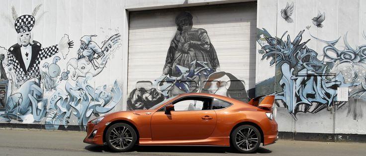 Amazing Toyota GT86 Meets Graffiti