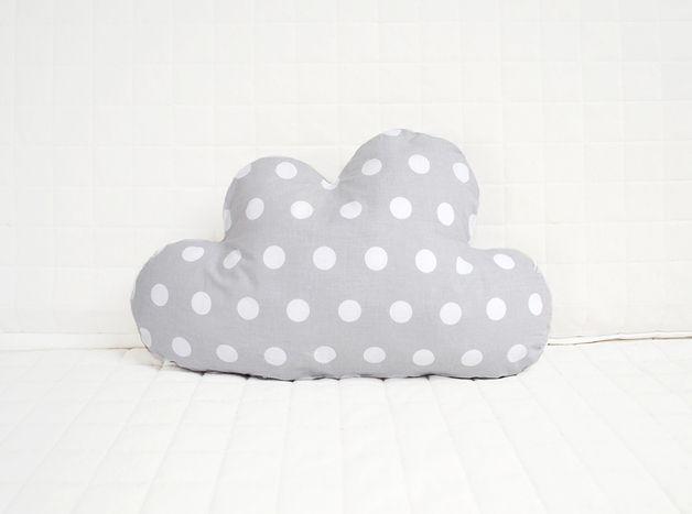 Poduszka chmura w grochy