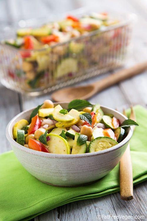 Marinated Zucchini and Chickpea Salad - #vegan #gluten-free