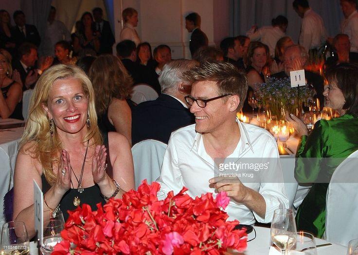 Bryan Adams Bei Der Verleihung Der 'Goldenen Feder' In Der Handelskammer In Hamburg .