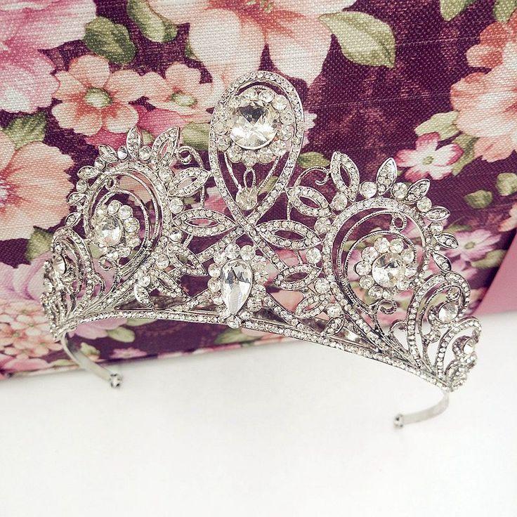The high-end custom Korean dish hair princess crown crown headband bride wedding dress bag mail