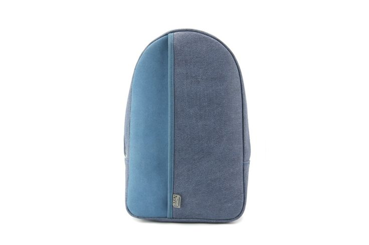Perfect lightweight and compact commuter bag that is versatile and durable for everyday adventures in the city. The unique one strap design allows the user to wear it over other shoulders, with a seamless adjustable design. #vegan #fashion #springsummer #design