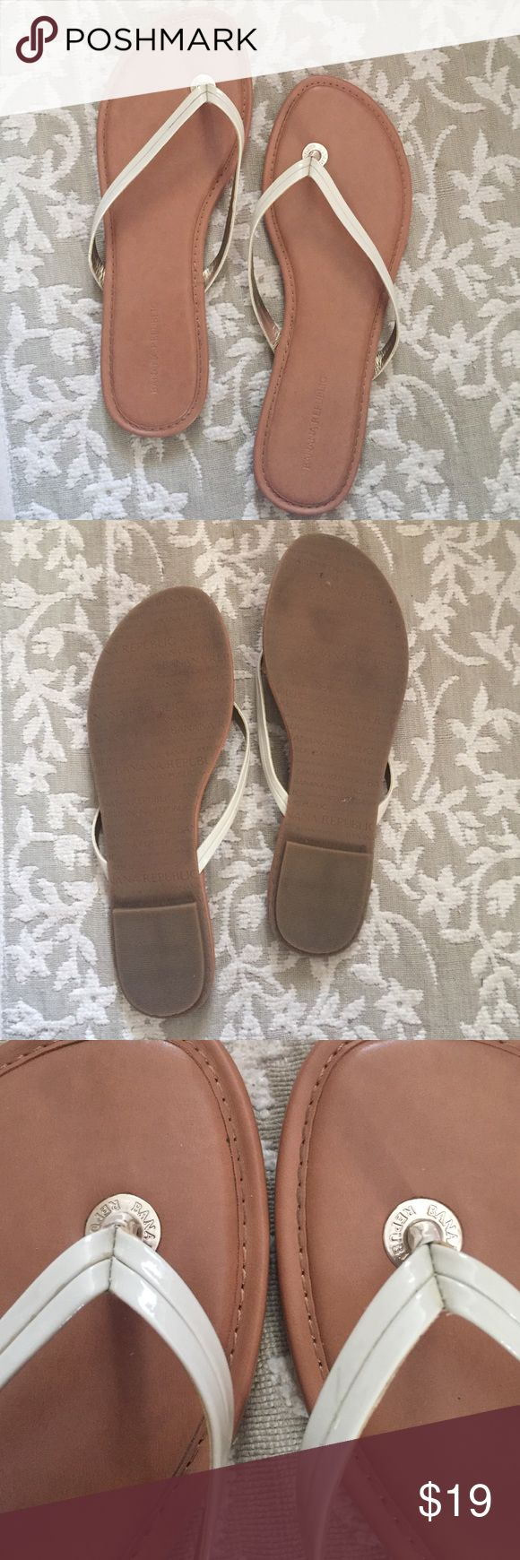 Cream flip flops Shiny thin cream strap flip flops. Gold accents. Super gently worn with love! ✨ Banana Republic Shoes Sandals