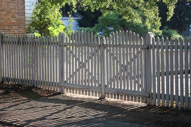 42 best fences images on pinterest garden fences garden for Colonial fence designs