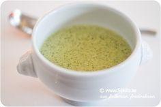 Ädelostsoppa med broccoli