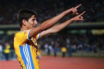 Fotos e imágenes de Pumas UNAM v Tigres UANL - CONCACAF Champions League 2016/17 | Getty Images