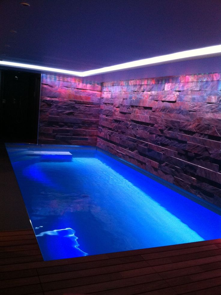 1000 id es sur le th me piscine souterraine sur pinterest for Interieur a la spirale
