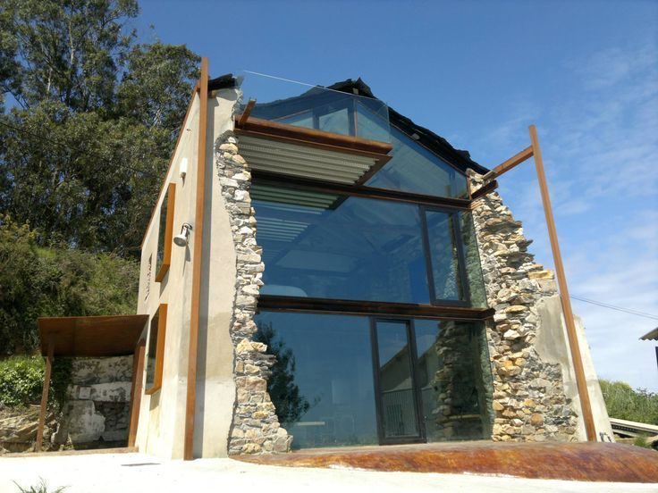 Image Result For New Houses Built In Old Stone Ruins Edificios Antiguos Edificios Arquitectura