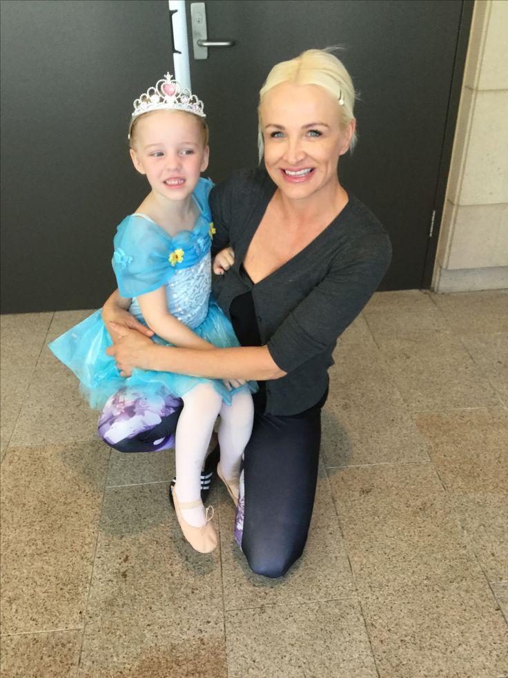 Miss April & Proud Mummy Tina Hopkins Virkotie November 2016 @Ballet Concert www.virkotie.com
