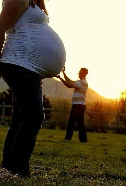 This would be a cool pregnancy photo