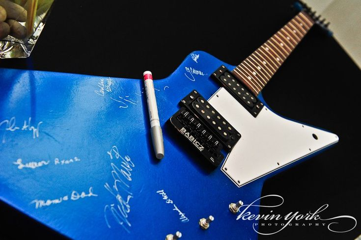 31 best images about guest book ideas on pinterest wedding electric guitars and the guest. Black Bedroom Furniture Sets. Home Design Ideas