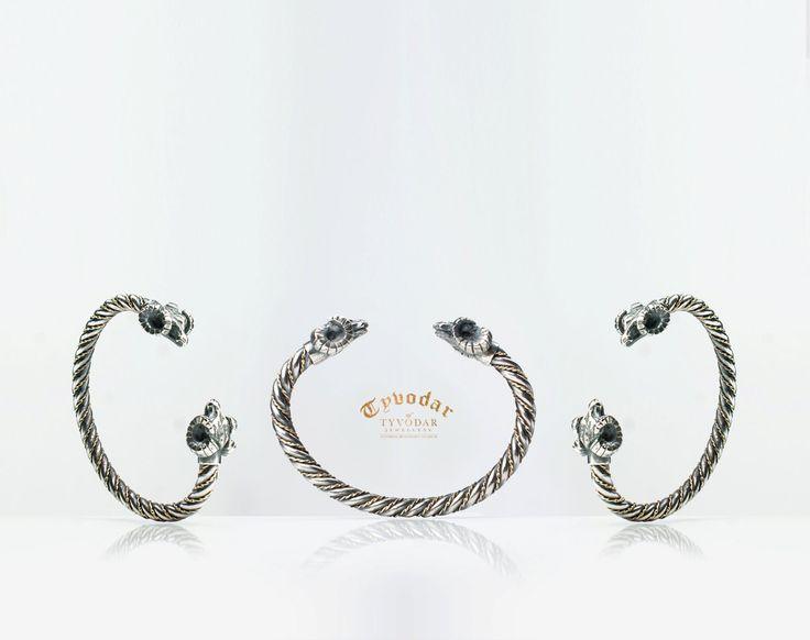 Ram Head Bracelet (silver) -Viking bracelet with ram head - Bangle Stacking, Twist Rope, Double