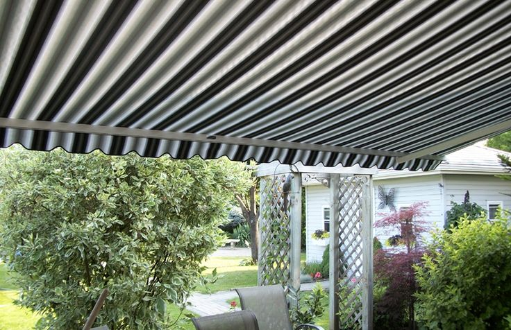 Striped Adalia x3m and basket awning