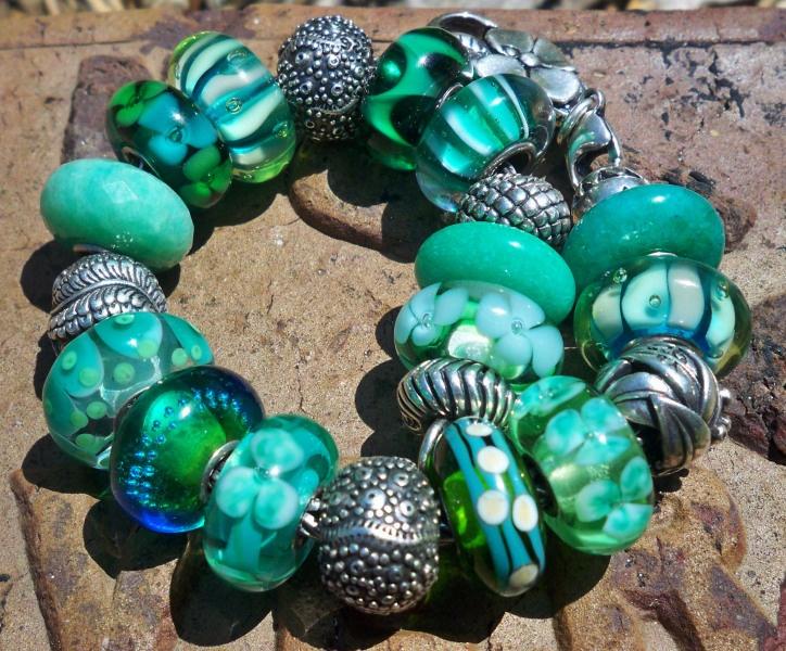 how to put beads on pandora bracelet