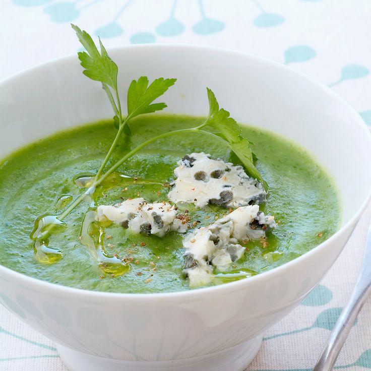 Découvrez la recette soupe de brocoli au roquefort sur Cuisine-actuelle.fr.
