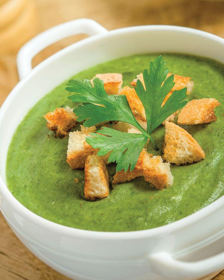 Рецепт диетического супа из брокколи. Вкусный и сытный супчик еще одновременно и диетический! При употреблении в пищу брокколи, происходит улучшение пищеварения, а также ускорение обмена веществ в организме человека, что благоприятно влияет на фигуру.