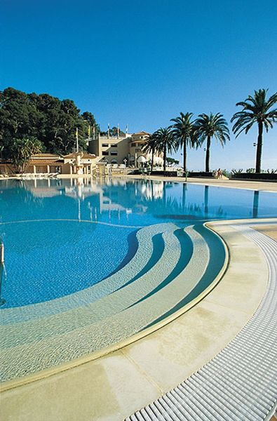 olympic size swimming pool at the monte carlo beach hotel