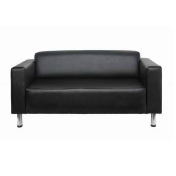 The Quartz 3 Seater Lounge features boldly stylish contemporary lines and is available in black or brown PU vinyl for immediate delivery. A beautiful addition to any space! #seated #quartz #lounge #leather seated.com.au