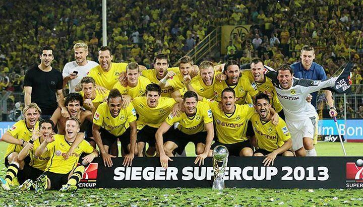 BORUSSIA Dortmund gewinnt mit 4:2 gegen Bayern München den Deutschen Supercup 2013.