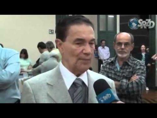 Divaldo Franco fala sobre as manifestações em todo o Brasil e qual deve ser a posição dos espíritas. Entrevista concedida ao Portal SRZD.
