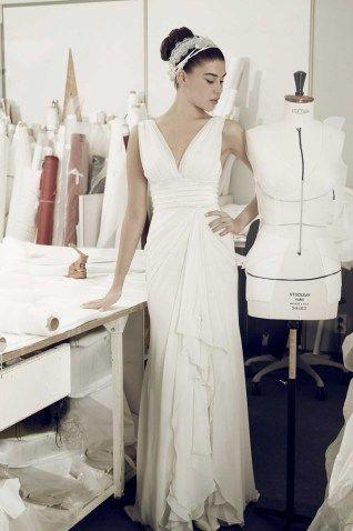 vestido de noiva estilo deusa grega comd ecote em bico de atelier cymbeline 2016