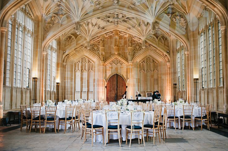 Photography: Stephanie Swann Weddings - stephanieswannweddings.co.uk Read More: http://www.stylemepretty.com/2014/04/18/classic-english-wedding-at-the-bodleian-library/