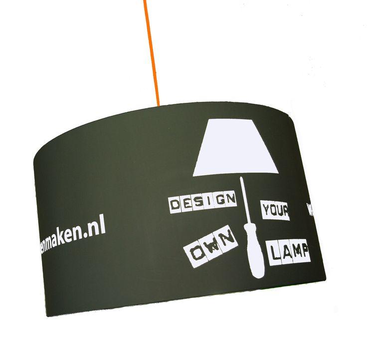 Bij ons kun je nu ook je eigen ontwerp stof lampenkap bestellen voor de doe-het-zelf lampenkap pakketten. Om je eigen lampenkappen met bedrijfslogo te maken of bedenk een leuk patroon stof. Mail ons voor meer info.