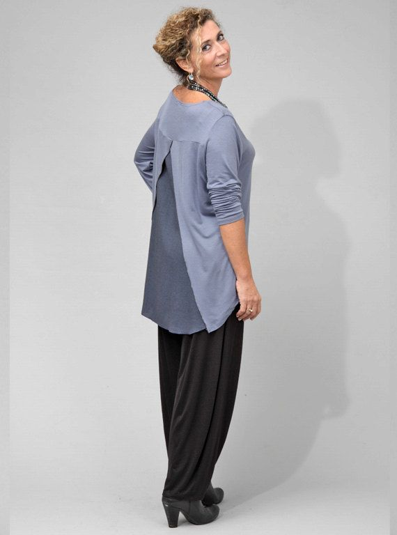 Long jersey blouse with open back